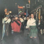 Tras la procesión, entre los clanes