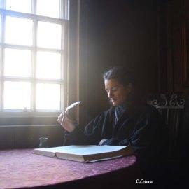Escribiendo en la casa de J.Knox