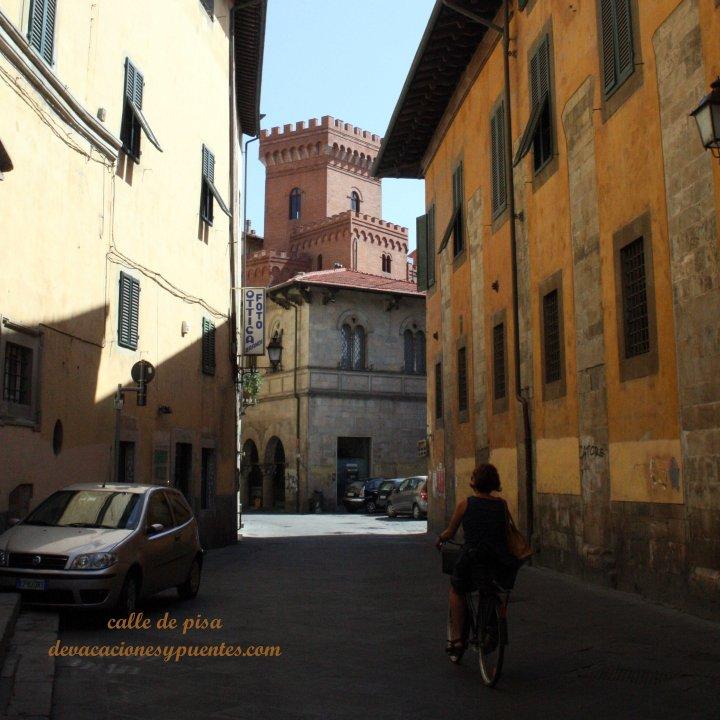 Una calle de Pisa