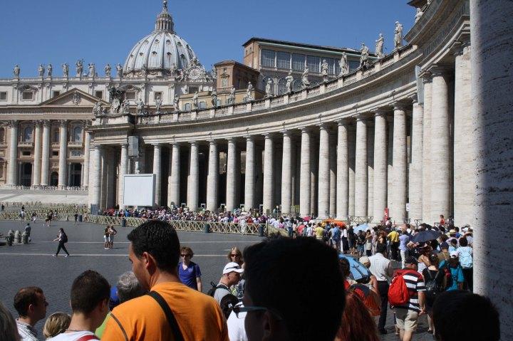 cola vaticana