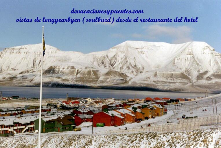 Longyarbyen, Svalbard al final de la primavera