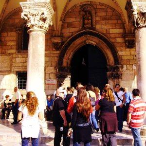 Visita a la iglesia de Dubrovnik