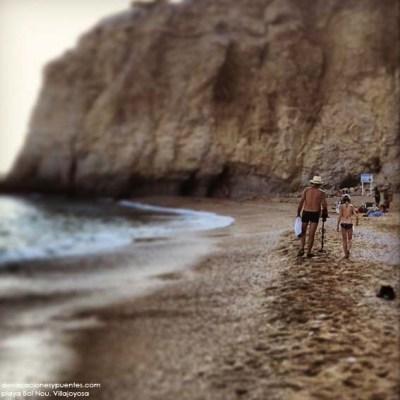 Buscando tesoros en la playa