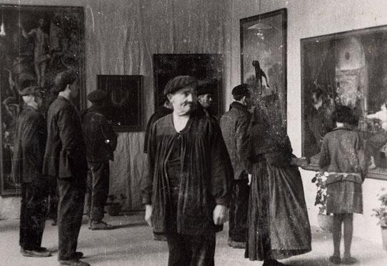 Cuadros de El Prado en una muestra itinerante organizada con las Misiones Pedagógicas