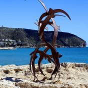 Esculturas de Moraira junto a la costa
